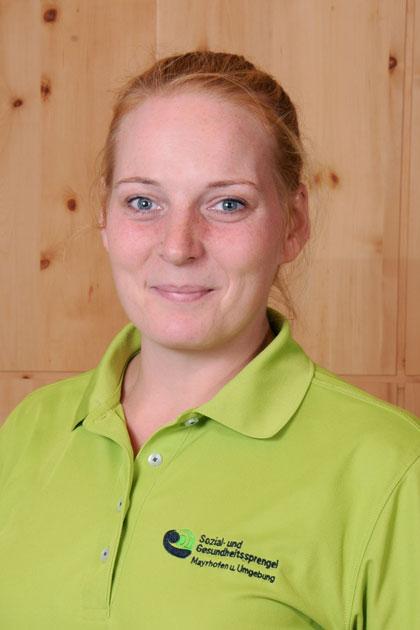 Nadine Ahrend